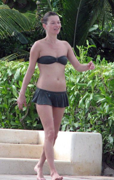 Kate Moss Mexico Beach, Mexico December 1, 2007