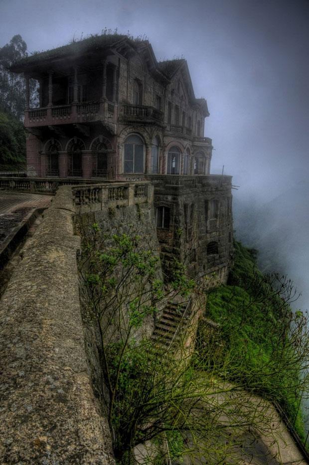 L'Hotel del Salto in Colombia - i posti abbandonati più belli del mondo
