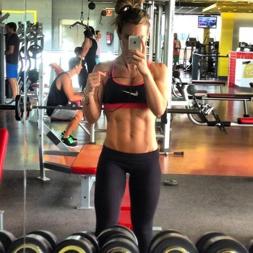 Fintness Selfie - Selfite - autoscatto in palestra