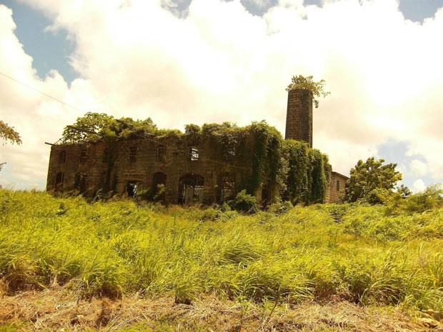 Una distilleria abbandonata nei Barbados - i posti abbandonati più belli del mondo