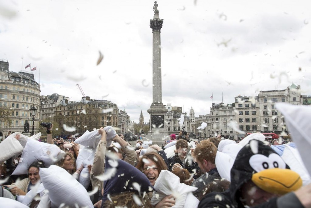 pillow fight day In London - Londra