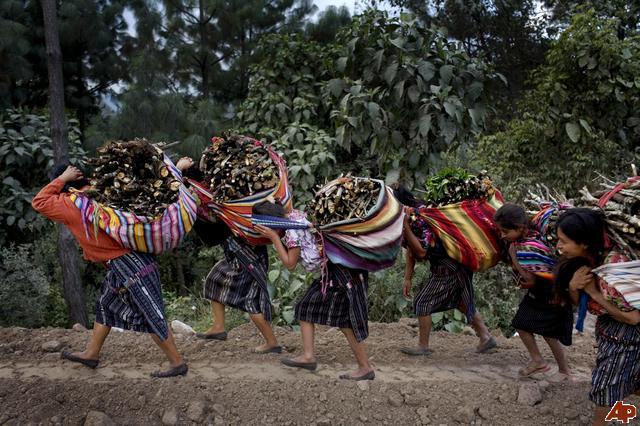guatemala-daily-life-2008-12-5-19-4-47